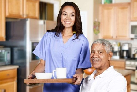 Caregiver Tips for Seniors Living with Alzheimer's